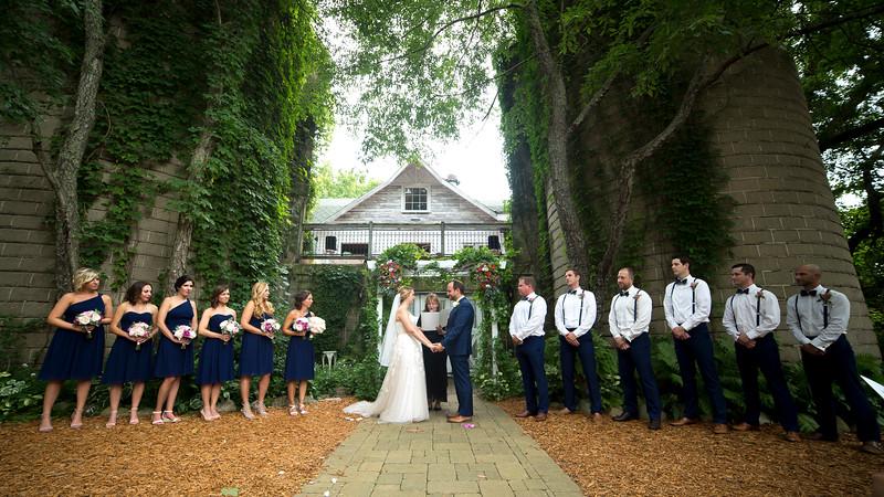 Garrett & Lisa Wedding (314).jpg