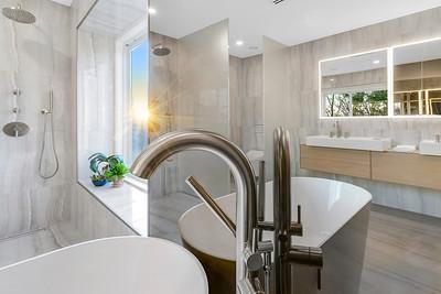 Franz Viegener Bathroom