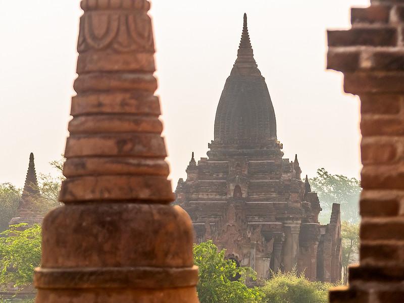Myanmar Bagan Temples_P1160756.jpg