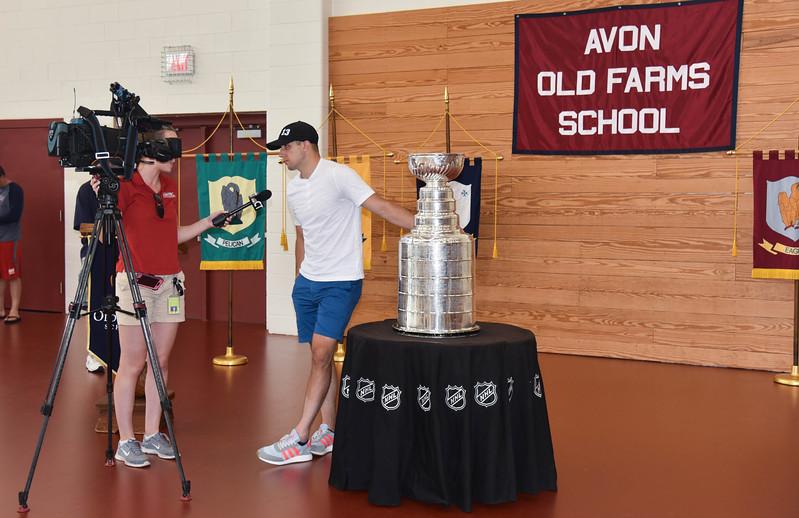 08202017_Stanley_Cup_Bonino_JS_8.jpg