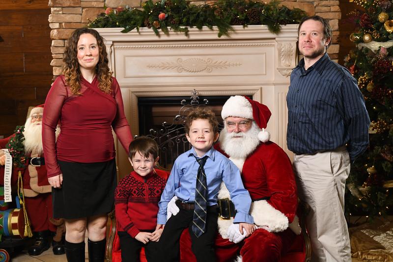 Santa2018.TylerBoye.-193.jpg
