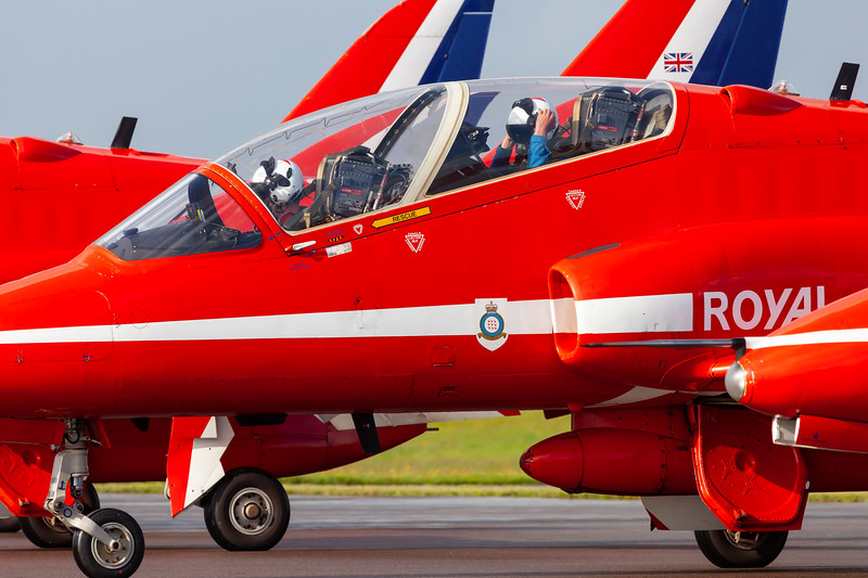 RedArrows-RoyalAirForce-2009-08-29-EBJ-EKEB-_MG_3625-DanishAviationPhoto.jpg