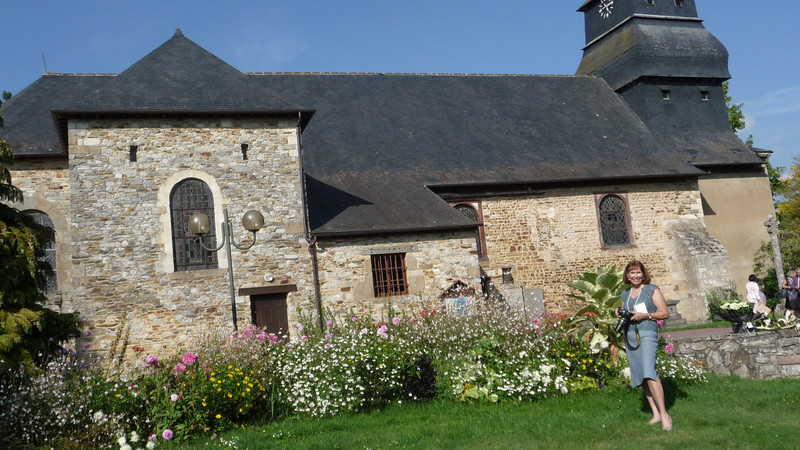 On to the second service at a 12th century church in Rennes, Saint Grigoire.