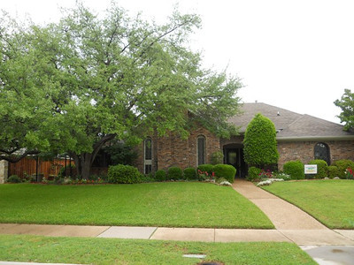 Yard of the Month 2012