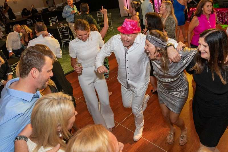 2019_11_Yachtail_Party_00930.jpg