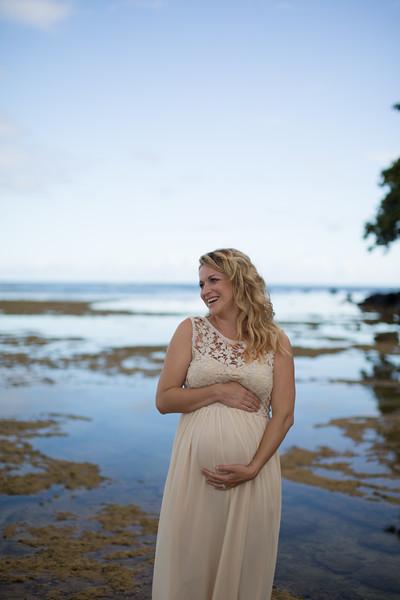 Kauai maternity photography-22.jpg