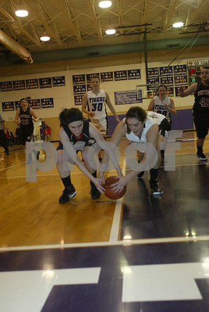 Whitehall / Shelby Girls Basketball 01 13 2012