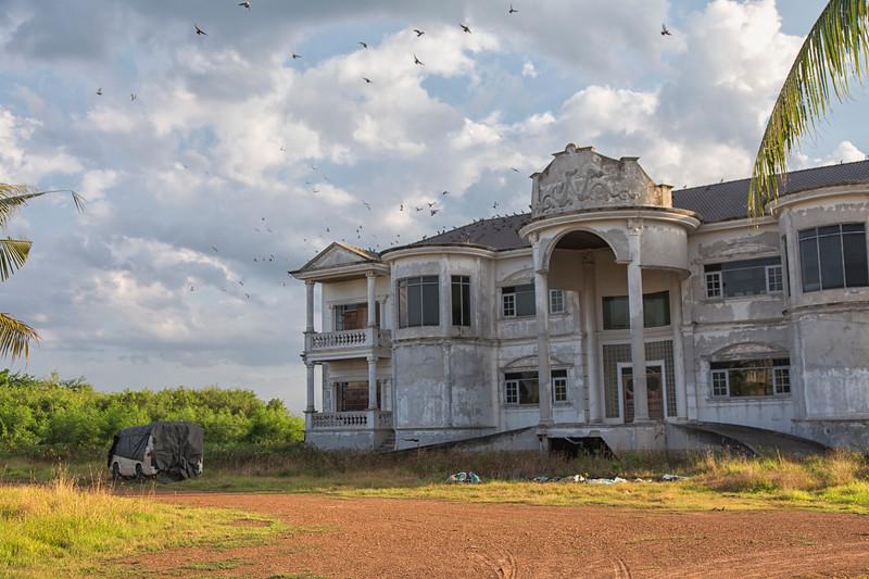 AbandonedMansdw81.jpg