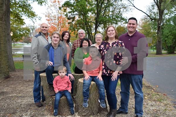 Melissa G's Family Pics.