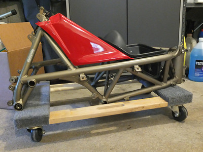 1995 Ducati 916 Build