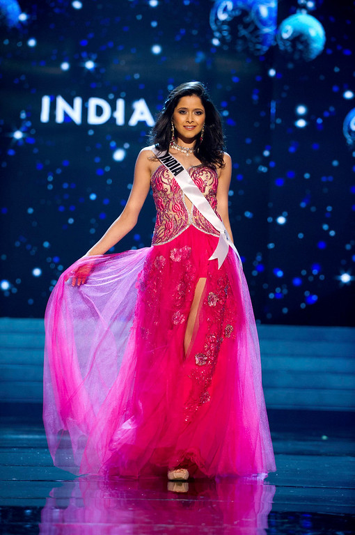 . Miss India 2012 Shilpa Singh competes in an evening gown of her choice during the Evening Gown Competition of the 2012 Miss Universe Presentation Show in Las Vegas, Nevada, December 13, 2012. The Miss Universe 2012 pageant will be held on December 19 at the Planet Hollywood Resort and Casino in Las Vegas. REUTERS/Darren Decker/Miss Universe Organization L.P/Handout