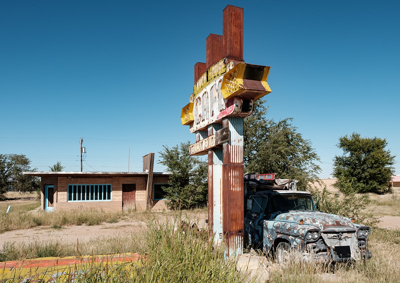 Remains of a Route 66 business in Tucumcari, New Mexico