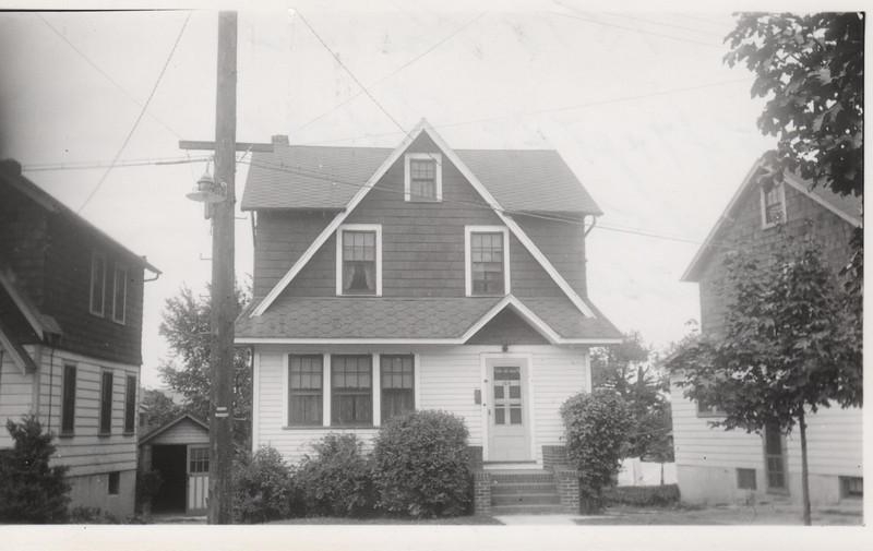 1518 ROSE TERR 1930.jpg