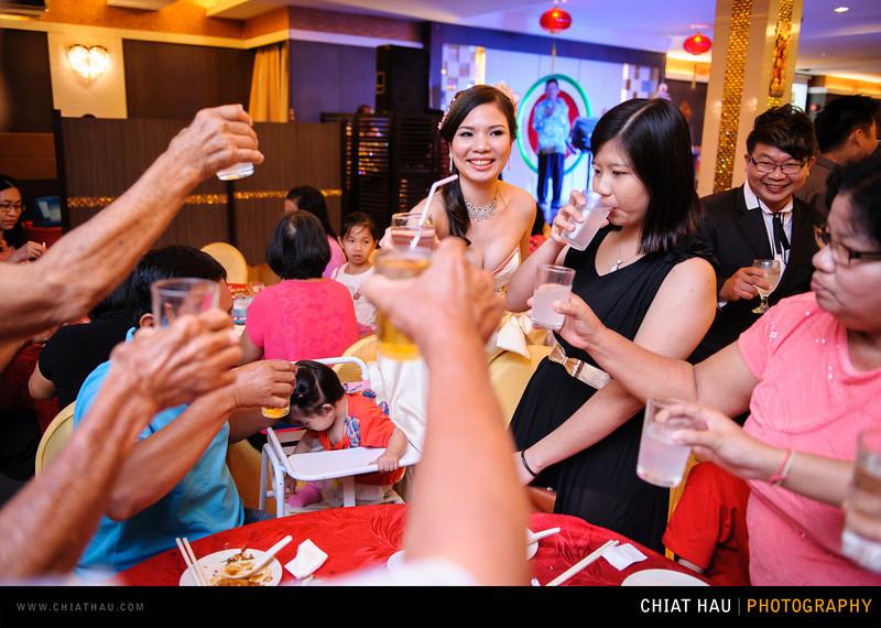 Chee Hou + Li Li - Actual Day Bride Dinner -_-121.jpg