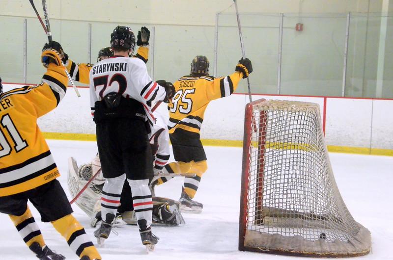 170922 Junior Bruins Hockey-067.JPG
