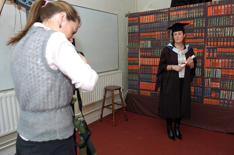 Provision 261006Roisin Bergin from Kilkenny (Bachelor of Business in Recreation and Leisure) has her photo taken before her graduation ceremony at WIT on Thursday 26th October.PIC Bernie Keating/Provision