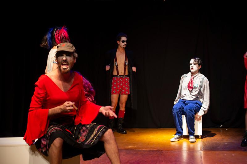 Allan Bravos - essenCIA Teatro - Persona 07-107.jpg