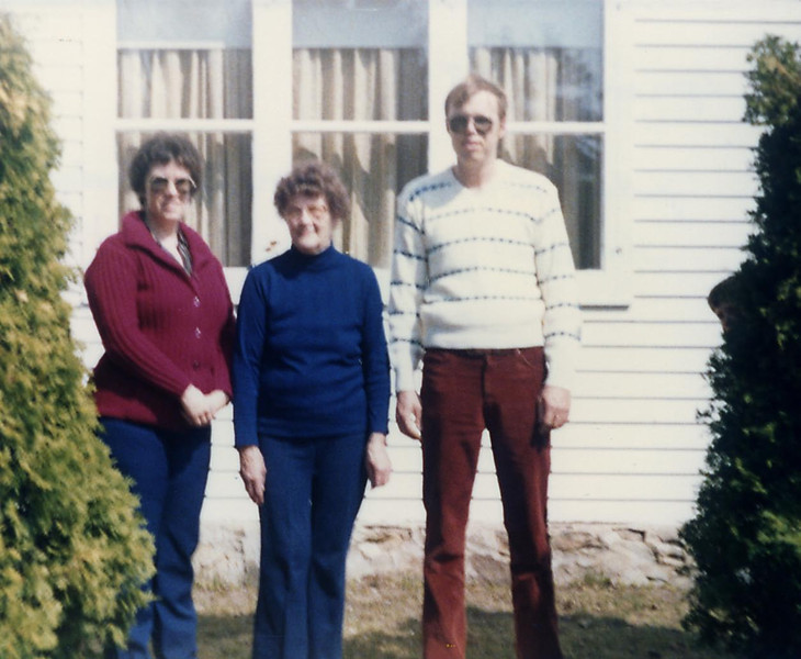 Judy, Grandma Anita and Warren