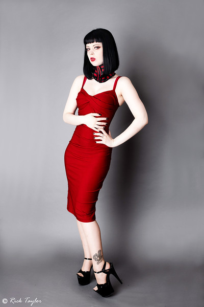 Lilly De Valle - RED v BLUE