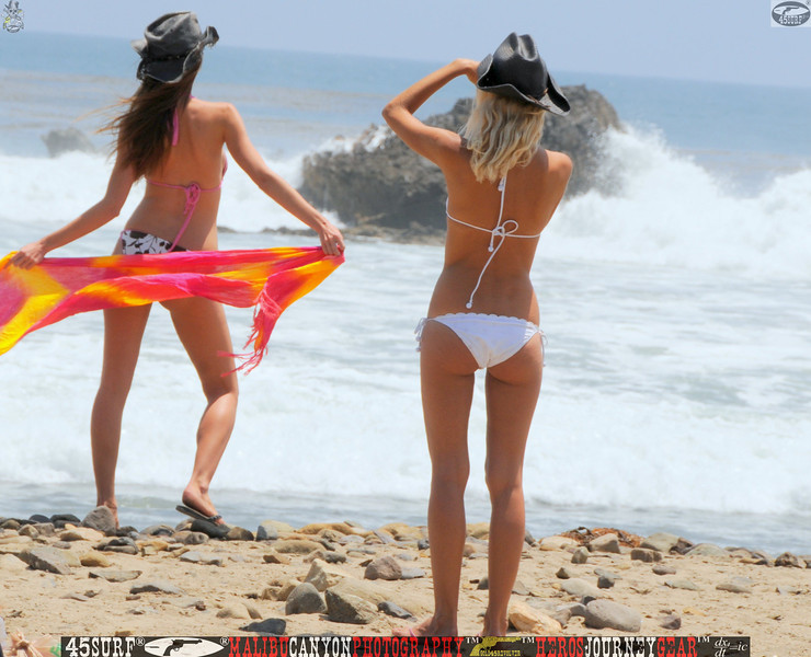 leo carillos surf's up beautiful swimsuit model 45surf 1607.,.,.