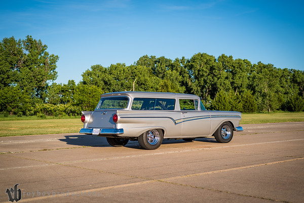 Jennings 57 Ford Wagon