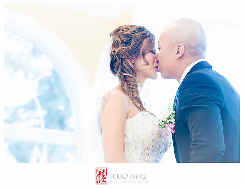 Calgary vietnamese wedding photography_Calgary Wedding Pavillion Wedding_Calgary indoor weddings_Calgary winter wedding photography019.JPG