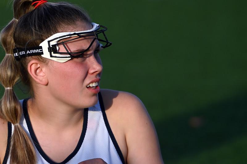 girls_lacrosse_5165.jpg