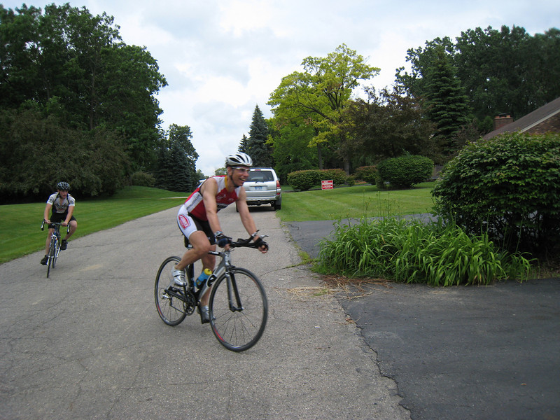 The power of the Cervelo...and Hammergel...helped Mike through the ride. Not to mention that Mike is in great condition.