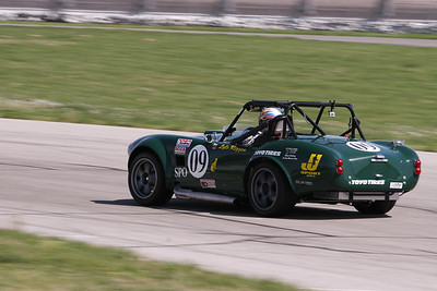 FFR #09 in action @ Gateway International, April 2010