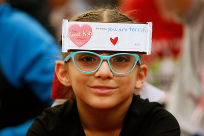 Tom Lea students get Valentine's cards for Walmart tragedy