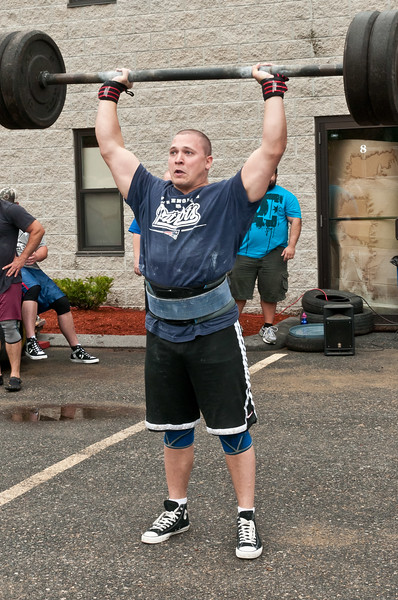 Fitness Revolution Strongman Challenge 2011_ERF3743.jpg
