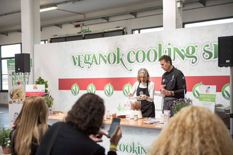 lucca-veganfest-cooking-show-049-a.jpg