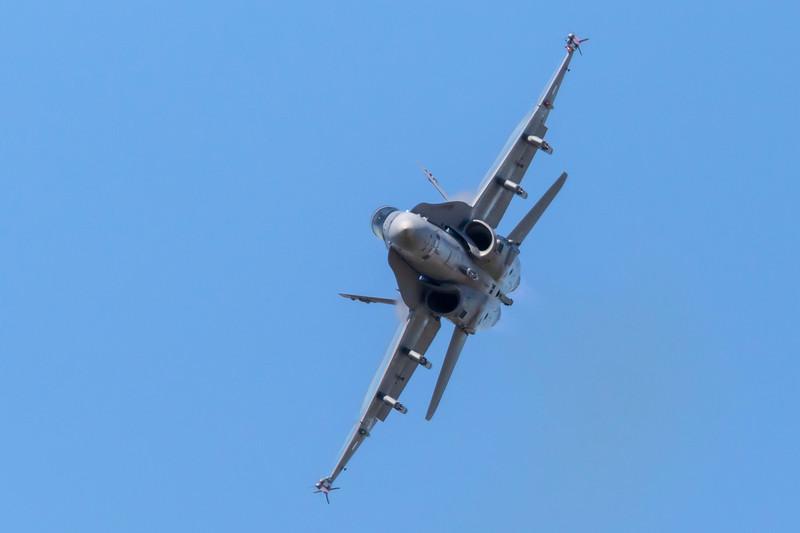 HN-424-McDonnellDouglasFA-18C-FinnishAirForce-FFD-EGVA-2015-07-19-_W4A2209-DanishAviationPhoto.jpg
