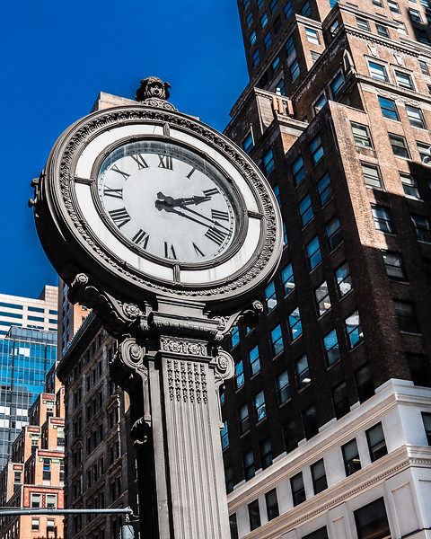 105 (4-23-19) Clock On 5th and 44.jpg