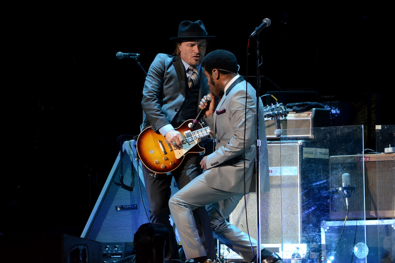 the who and vintage trouble 033.JPG