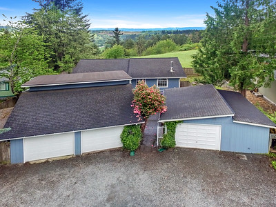 13717 Cedar Cir E, Bonney Lake