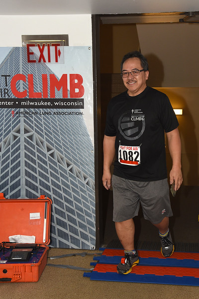 Climb_1277.JPG