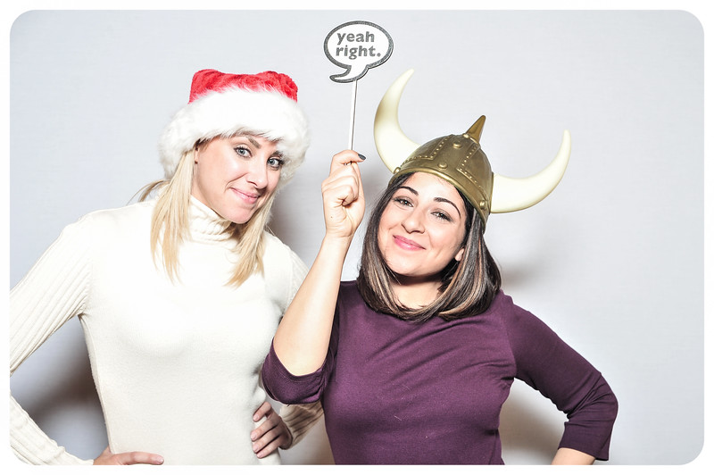WDTN-TV-Holiday-Photobooth-19.jpg
