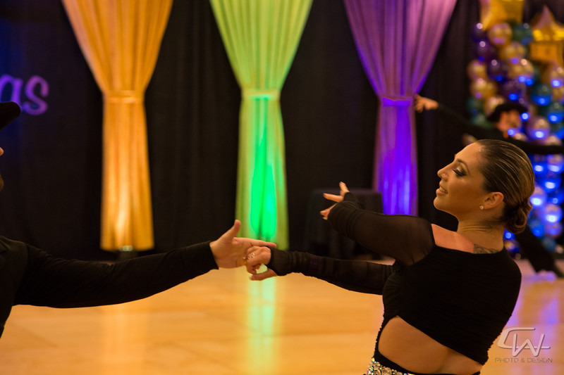 DanceMardiGras2015-0430.jpg