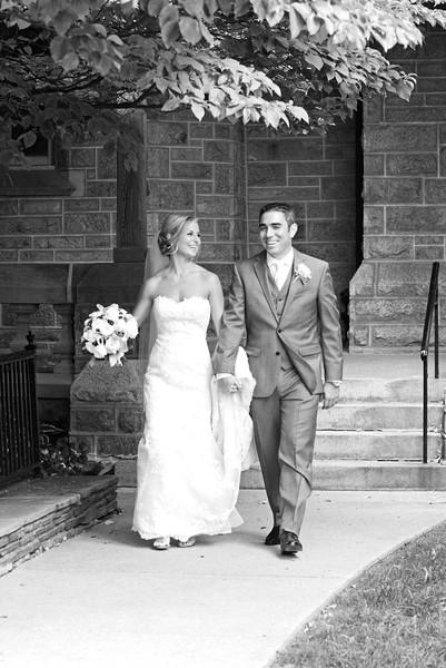 Bride and Groom_41 BW.jpg