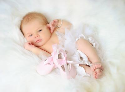ANNIE ~ Newborn