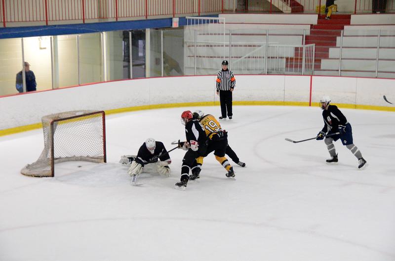 140913 Jr. Bruins vs. 495 Stars-221.JPG