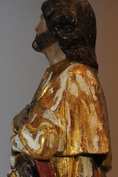 Zwischenzustand: Anna Altar, Josd, Vergoldung freigelegt, sichtbare Kittungen (Ölkitt) mussten reduziert werden um sie der Oberfläche anzupassen und weil sie teils die Polimentvergoldung abgedeckt haben AAF_0970_21-10-2011