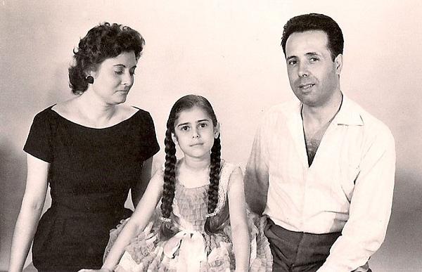 Madeira Rosa e familia