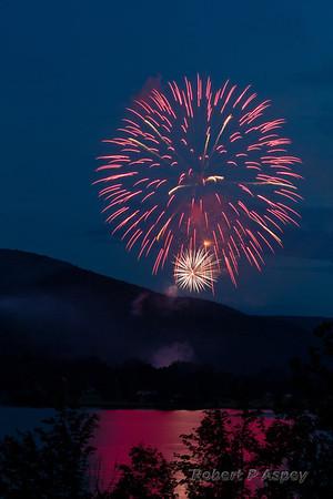 Ive's Run Fireworks 2013