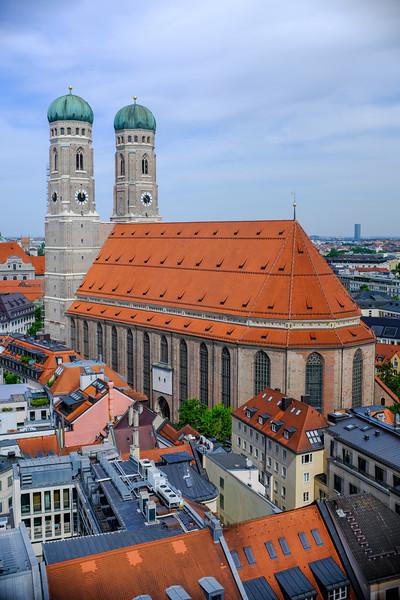 Cathedral in Munich-3x2-DSCF0035.jpg