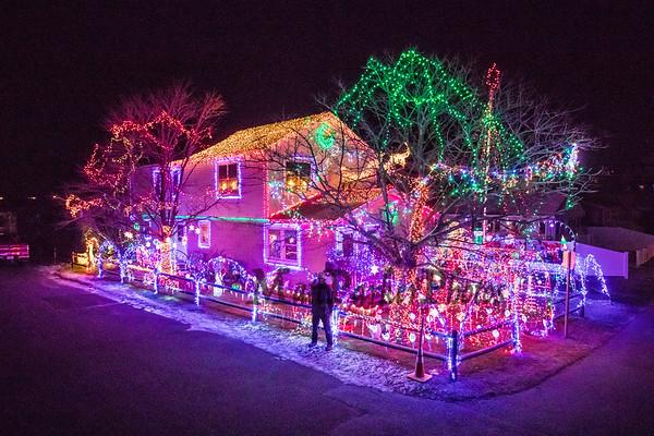 2020-12-9 Hunter Lawson Christmas Lights