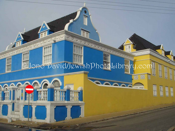 CURACAO, Willemstad. Scharloo District (former Jewish neighborhood). (2007)