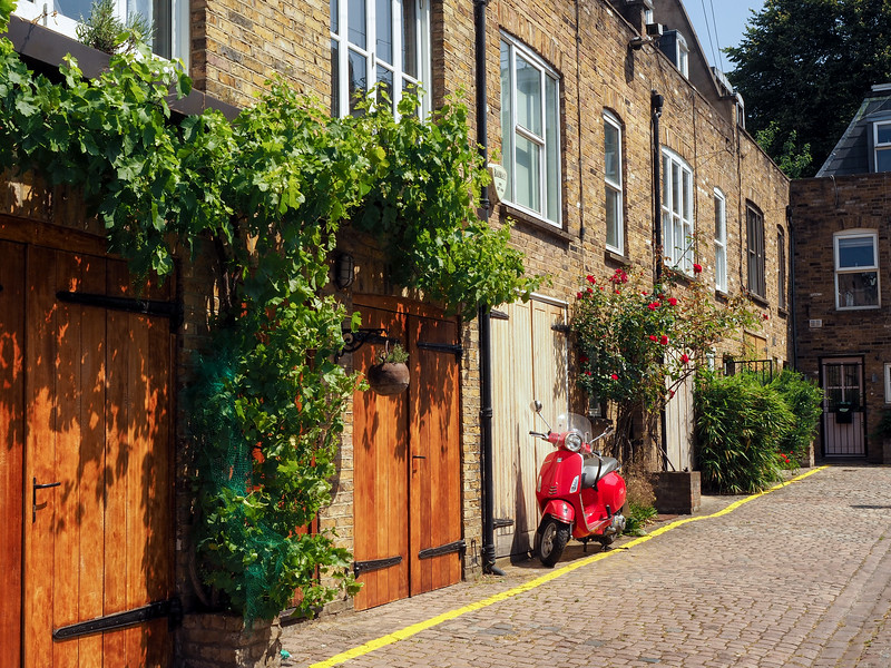 Mews in Notting Hill in London