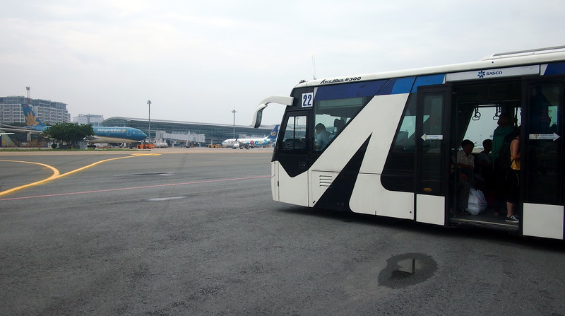 PC109355-tarmac-bus.JPG